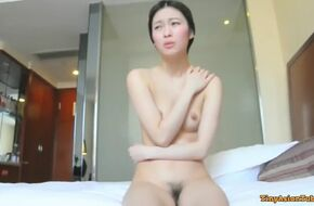 Sexy nude chinese girl